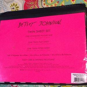 Betsey Johnson Bedding - Betsy Johnson heart striped twin sheet set